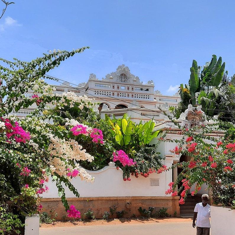 facade de l'hotel de charme Saratha Vilas